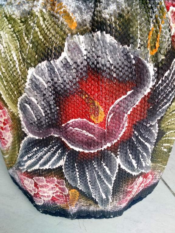 Capa para botijão de gás floral com croche preto 5