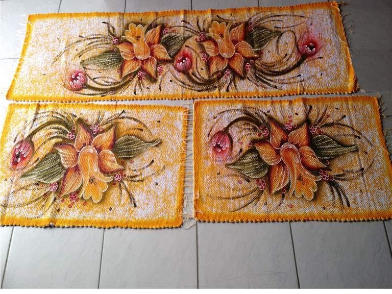 Jogo de tapete amarelo florido para cozinha 3 peças 1