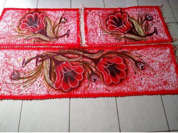 Jogo de tapete com flores vermelho para cozinha 3 peças 1