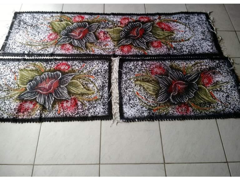 Jogo de tapete para cozinha preto com flores 3 peças 1