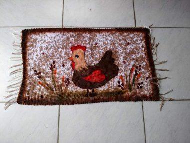 Tapete animal galinha pequena