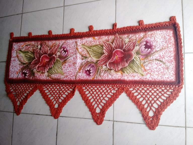 Bando de Croche para Janela Floral 1