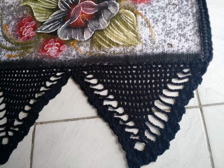Bando de cortinas de croche preto com flor 7
