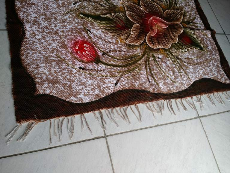 detalhe meia manta marrom