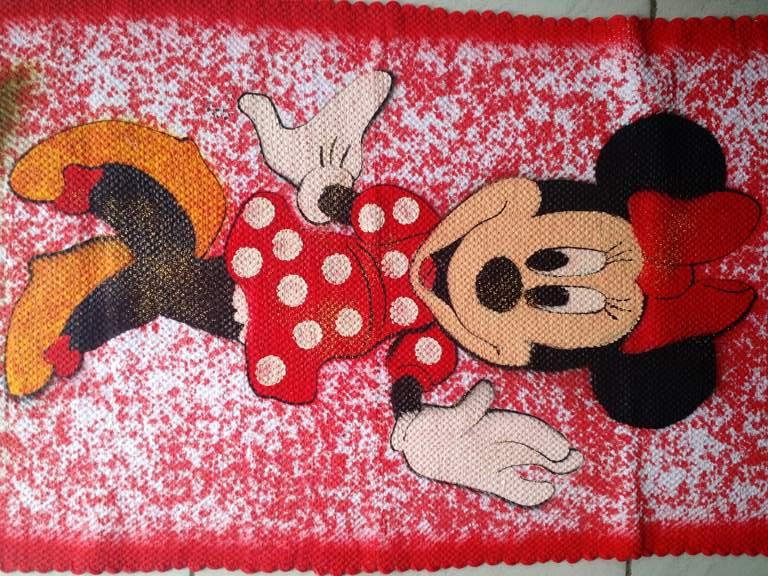 Tapete infantil com personagem Minnie Mouse 5